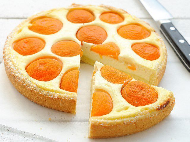 Пирог с консервированными ананасами рецепт