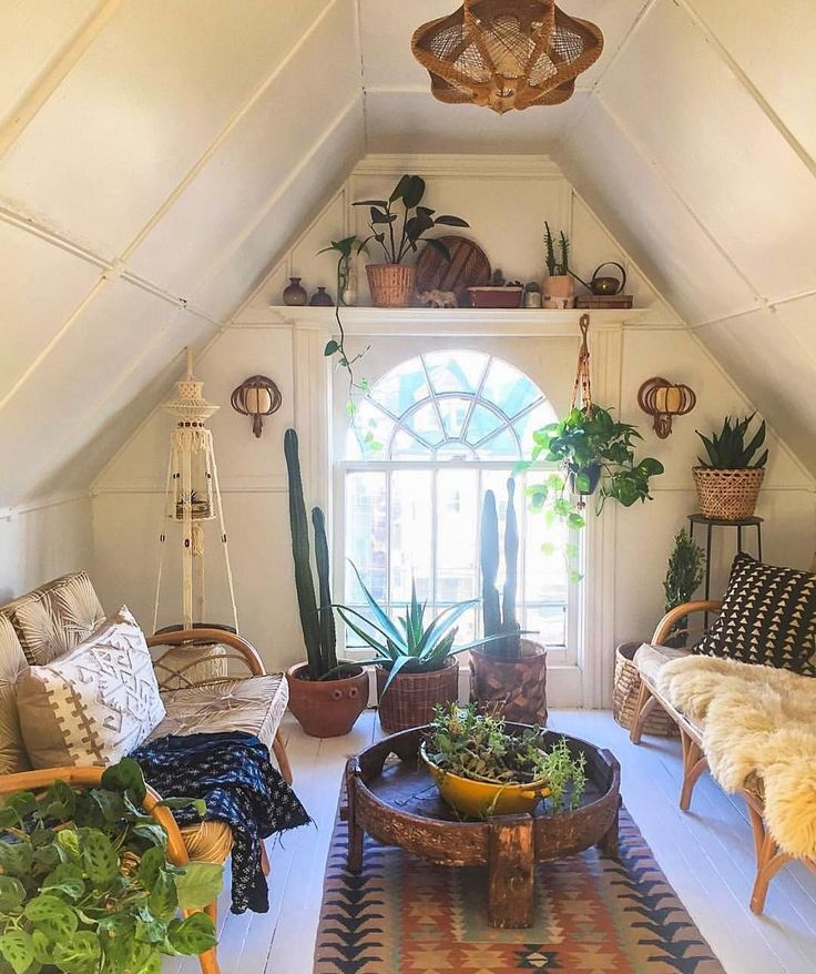 Best 25 bohemian style ideas on pinterest bohemian for Attic decoration