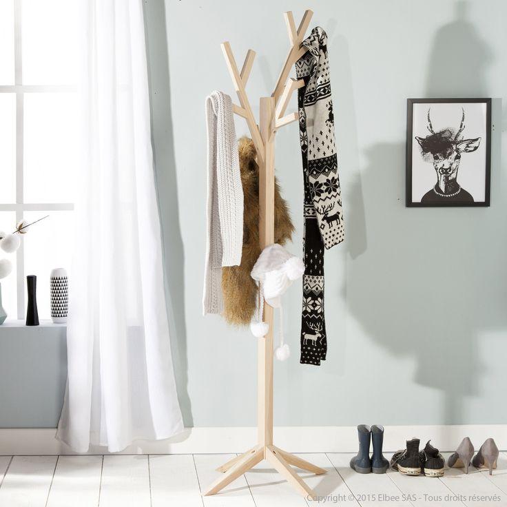 Un porte manteau au design original fabriqué à partir de bois de frêne.