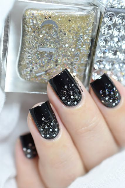 glitter gradient nail art tutorial - Happy New Year nails - CEV Golden Champagne
