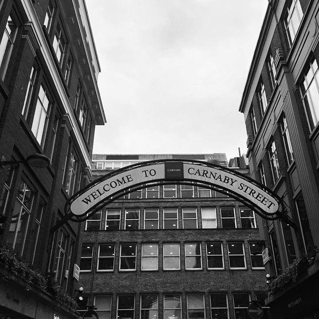Iconic youth subculture street  #spottingthings  #london  #travel #iseeplaces #wearethemods #postcardsfromtheworld #worldshotz #createexplore. #travelphoto #travelworld #keepexploring #theglobewanderer #roamtheplanet #bnwphotography #blackandwhitephotography #blackandwhitephoto #blackandwhiteonly #noir_vision #bwsquare #bw_beautiful_landscapes #streetphoto_bw #bnw_city_streetlife #carnabystreet