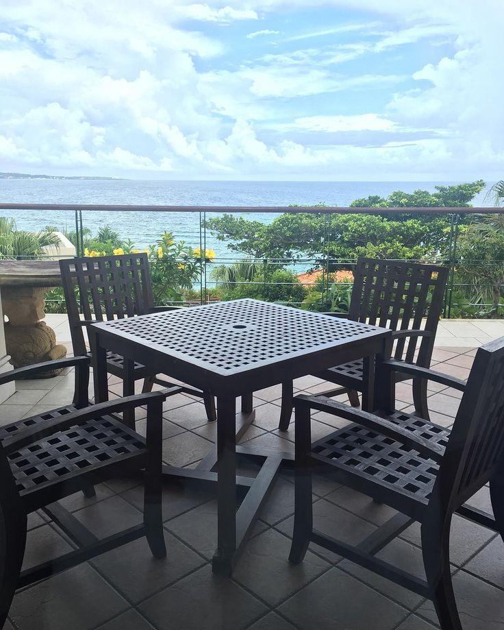 沖縄旅行で立ち寄りたい!絶景ロケーションカフェ10選 | wondertrip