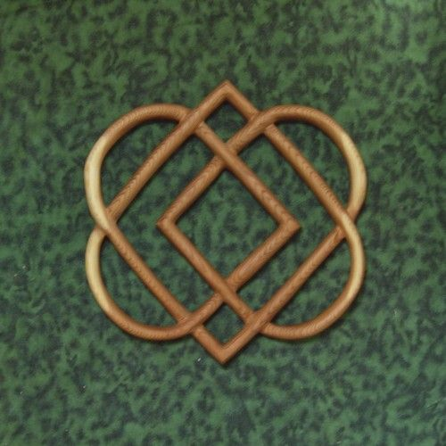 Knot of Four Hearts-Celtic Wood Carving-Family Love Knot MEANING: Here are 4…