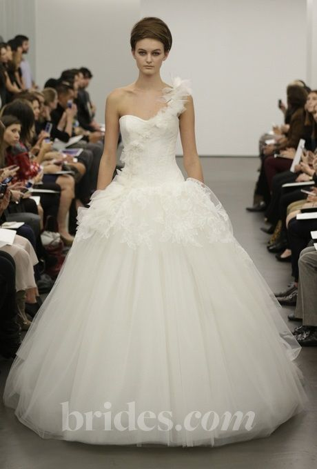 New Brides One Shoulder Wedding Dresses from Fall