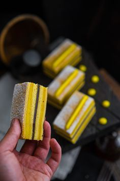 Медовое блаженство с минимумом усилий Приготовил для вас кое что очень вкусное — «Хани Кейк»! Нет, это не совсем привычный всем медовик, а скорее мой взгляд на то, как должен выглядеть красивый, стильный и запоминающийся десерт с мёдом. Все знают, что мёд творит чудеса с любыми десертами от утренней овсянки или гранолы, до сложных многослойных...