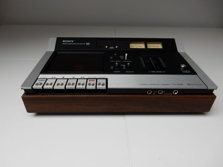 Sony vintage cassette deck for sale by Retro Audiophile Designs. Retrofitted digital music player.