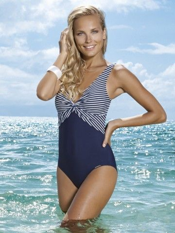 Sunmarin D Cup Fitting One Piece Swimsuit