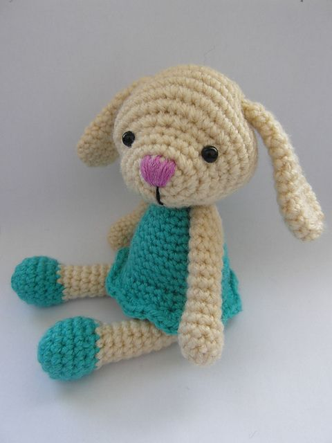 Ravelry: April the Bunny pattern by Justyna Kacprzak