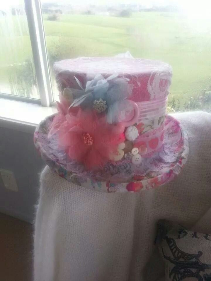 Because it was a high tea we revamped a top hat for a vintage look