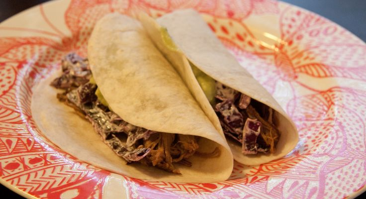 Brisket Tacos with Red Cabbage is a southwestern #food dish.Season the beef with salt and pepper and heat oil in a large saute pan over medium-high heat.Once hot, add beef and sear on all sides until evenly browned.Transer meat to the slow cooker (or crock pot, whatever you fancy). Leave saute pan on heat. #recipe #Cabbage