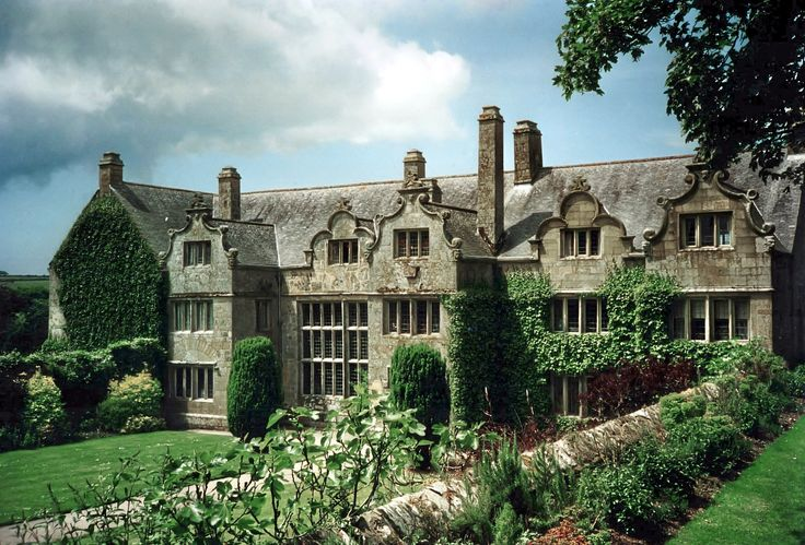 Trerice is an Elizabethan manor house, located in Kestle Mill near Newquay, Cornwall, UK.