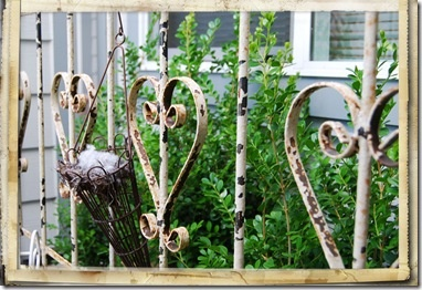 heart fence: Heart Fence, Hearts Heart, Wrought Iron Gates, Dads House, Rusty Iron, Mad Tea Parties, Rusty Wrought, Porches Railings, Hearts I