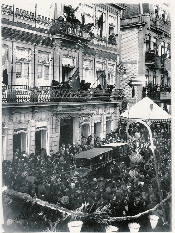 Visita de Gago Coutinho e Sacadura Cabral ao Porto em 1922