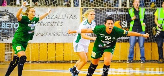 Zöld-fehér elődöntő - Sorsoltak a női kézilabda Magyar kupában, az elődöntőben a Győri Audi ETO KC lesz csapatunk ellenfele. #magyarkupa #ftc #fradi #kézilabda #handball