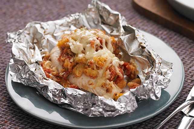 Looking for a fresh new take on chicken breasts? Wrap 'em in foil with stuffing mix and bruschetta toppings and revel in the applause around your table.