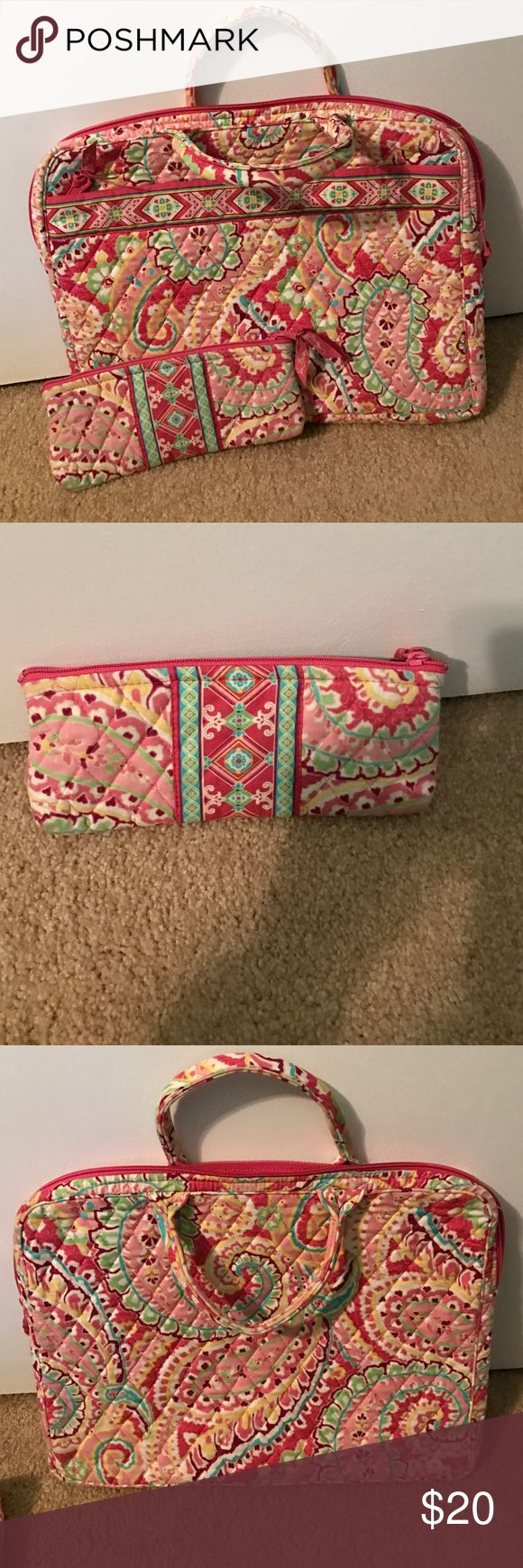 Vera Bradley Laptop Case and Pencil Pouch Beautiful Vera Bradley Laptop Case with pencil pouch included. Both in great condition. The Laptop Case fits up to a 16 inch laptop. Vera Bradley Accessories Laptop Cases