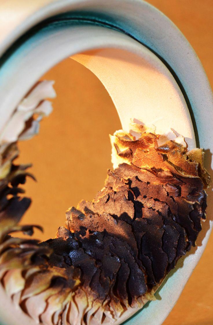 """Detay; """"İsimsiz""""  20x20x10 cm, 1280 °C,  Soda Pişirimi, Züleyha YILMAZ SİR, 2014."""