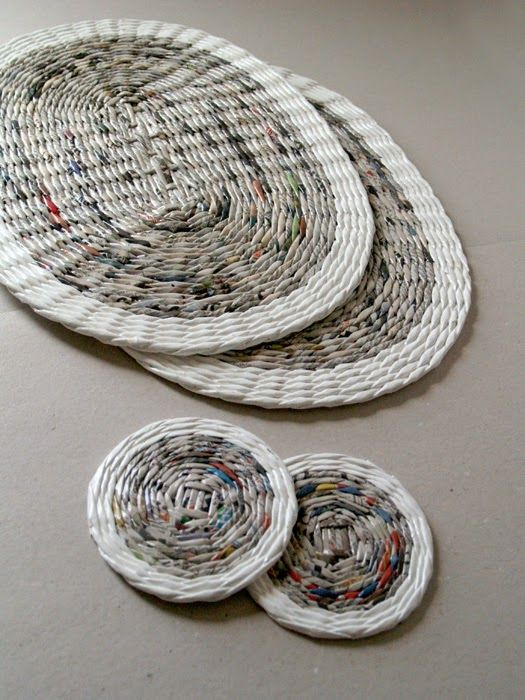 Manteles y posavasos reciclados - Set of upcycled paper coasters for two by BluReco https://www.facebook.com/BluReco