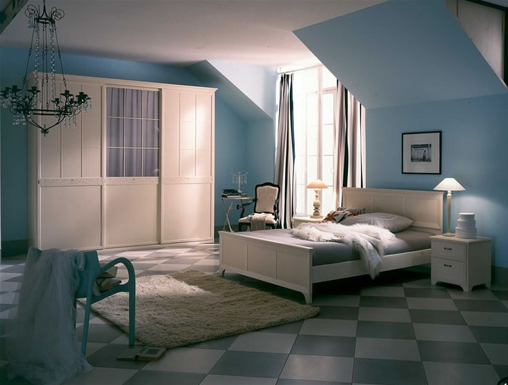 43 best images about the upstairs room on pinterest for Painting rooms with angled ceilings