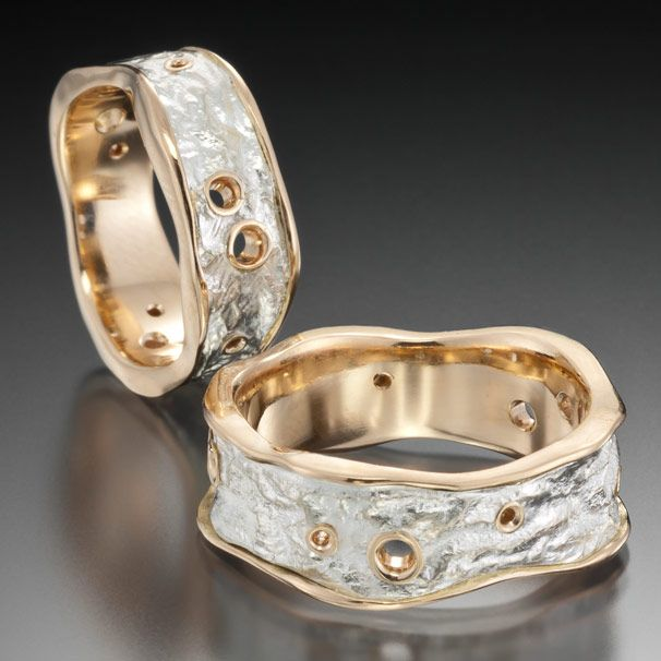 Revere instructor, Jenny Reeves named one of the Top 5 Finalists in the 2012 Halstead Bead Grant Competition