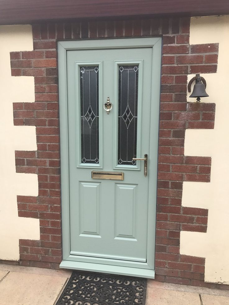 We don't know what we love more. Our classic Etna in Chartwell Green or the surrounding brickwork! Design your dream Endurance door here; http://design.endurancedoors.co.uk/