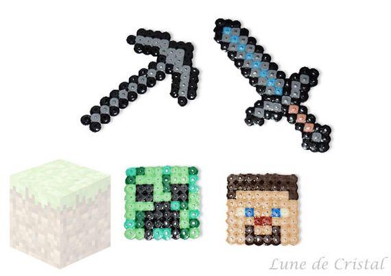 "Porte-clés GEEK ""Ancre"" en pixel art d'inspiration kawai"