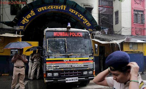 1993 Mumbai serial blasts: Prosecution seeks death penalty for two, life imprisonment for another