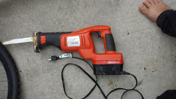 Picture of tired of dead batteries in your cordless tools? me too! so let's hack away!!