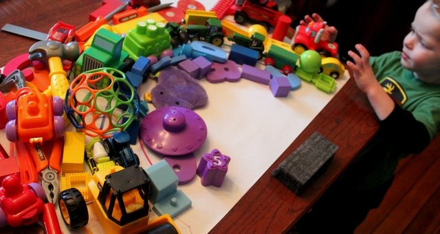 Colors: A Rainbow Toy Hunt