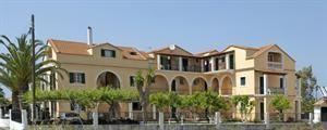 Griekenland Corfu Acharavi  Lage: Die Elisabeth Appartments sind vom Flughafen Korfu ca. 38kg entfernt. Dies beträgt eine Fahrzeit von ca. 90 Minuten. Die Entfernung zum nahe gelegenen Strand beträgt rund 60 Meter...  EUR 442.00  Meer informatie  #vakantie http://vakantienaar.eu - http://facebook.com/vakantienaar.eu - https://start.me/p/VRobeo/vakantie-pagina