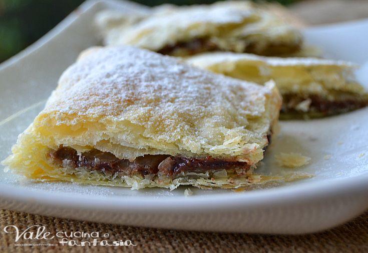 Dolcetti+di+sfoglia+con+nutella+e+mascarpone+ricetta+dolce+