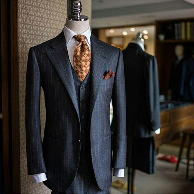 What's your favorite piece of this ensemble? Suit, tie, pocket square…? #suit #pocketsquare #shirt #threepiece #cool #ootd #vest #tie #suitup #meninsuits #fashion #menswear #dapper #sprezzatura...