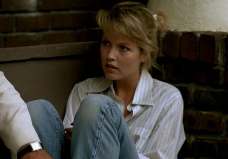 Casey Meadows (Deborah Foreman)