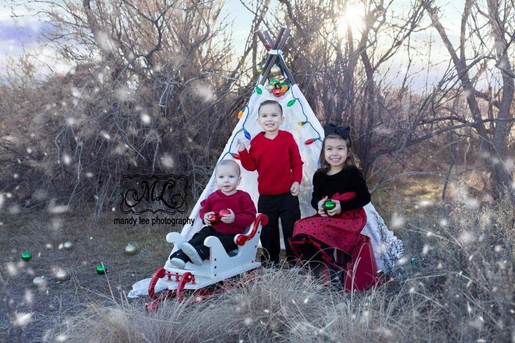 On location Siblings Christmas photography session with Mandy Lee Photography! https://www.facebook.com/pages/Mandy-Lee-Photography/113937515377935