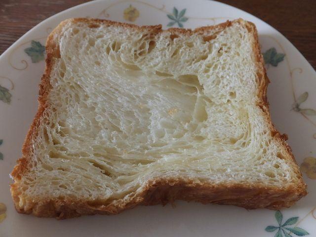 銀座-モンシェール - トーストしたデニッシュ食パン