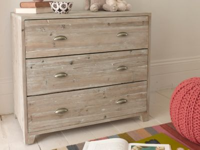Nutkin chest of drawers