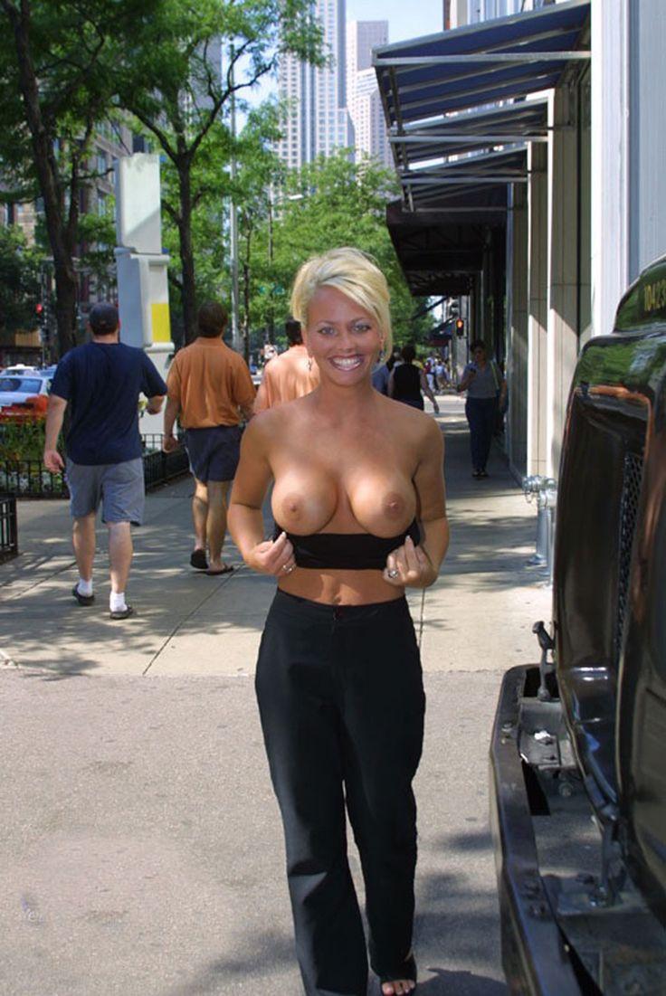 sexy women topless in public