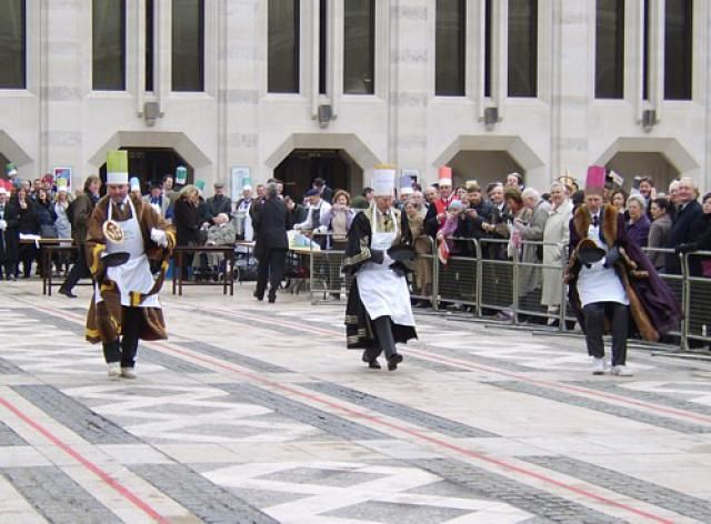 Find out about Pancake Day in London: The Inter-Livery & City of London Pancake Races