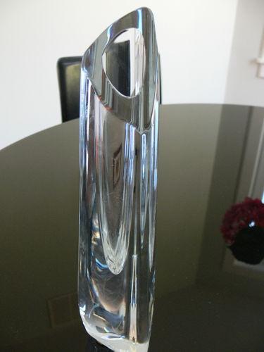 Baccarat Rose Bud Vase Baccarat Glass In 2019 Pinterest Glass