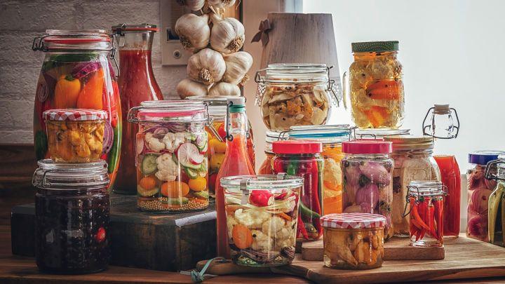 Fermentation Von Gemuse Zur Herstellung Eigener Probiotika Fermentierte Lebensmittel Lebensmittel Essen Fermentiertes Gemuse