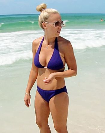 Kate Gosselin Tries Dating, Wears Skimpy Bikini in Kate Plus 8 - Us Weekly
