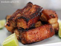 Panceta (ou pancetta) é a barriga do porco, é o bacon sem estar defumado. Mas essa denominação muda conforme a região. O resultado final depende antes de qualquer coisa de comprar uma peça bonita, … Mais