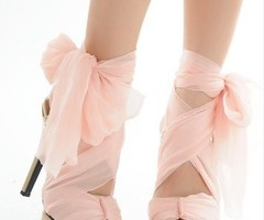 1000  images about hEeLS! on Pinterest | Pump Pink sandals and