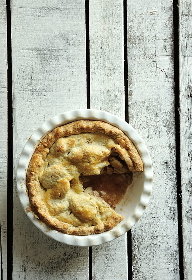 More like this: apple pie , deep dish and pies .