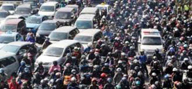 JAKARTA, (tubasmedia.com) – Kendaraan bermotor roda dua dilarang melintas Jalan M.H Thamrin dan Jalan Medan Merdeka Barat Jakarta Pusat mulai 17 Desember mendatang