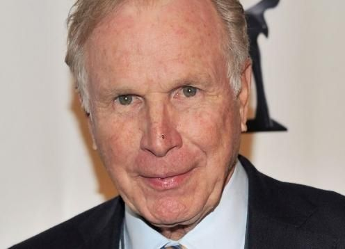 'M*A*S*H*' Actor Wayne Rogers Dead at 82 12/31/15