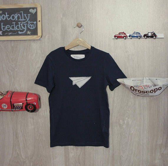Guarda questo articolo nel mio negozio Etsy https://www.etsy.com/it/listing/544607245/maglietta-bimbo-maniche-corte-blu-con