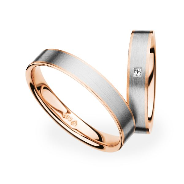 Christian Bauer: platinum and red gold bands