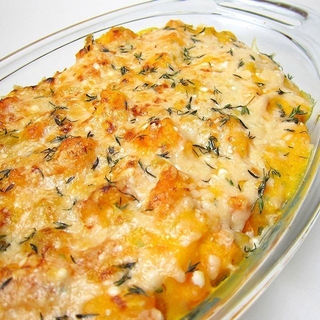 Here's an awesome vegetarian side dish for Fall/Thanksgiving: Chickpeas & Butternut Squash Casserole ✨ . . #recipe #vegetarian #chickpeas #garbanzo #butternutsquash #casserole #cheese #thyme #thanksgiving #thanksgivingrecipes #fallrecipes #foodblog #foodblogger #healthy #yummy #delicious #tasty #eeeeats #food #goodeats #foodporn #foodie #feedfeed #buzzfeedfood #foodgawker #huffposttaste Yummery - best recipes. Follow Us! #thanksgivingrecipes