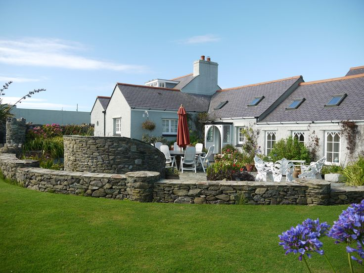 Holiday!  Large holiday home by the sea, Anglesey, Wales. UK Exclusive Luxury house with sea views